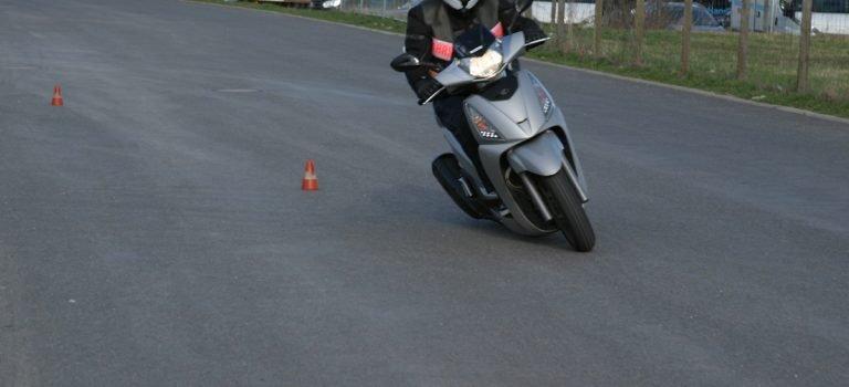 Motorrad fahren mit Klasse B Kennzahl 196